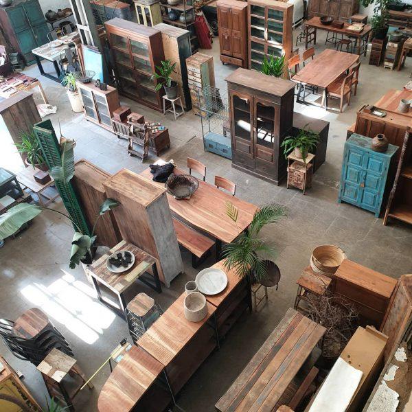 CASA AZUL - Showroom  venta de muebles decoración interiores restaurantes, pubs y tiendas